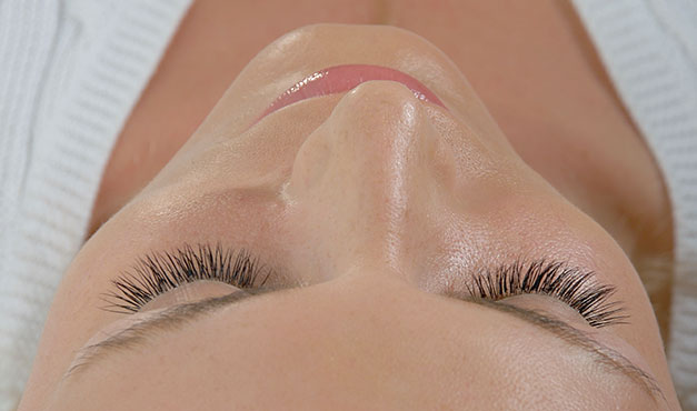 Lash Lab, Shoreditch, London E1 - professional salon specialising in semi-permanent eyelash extensions